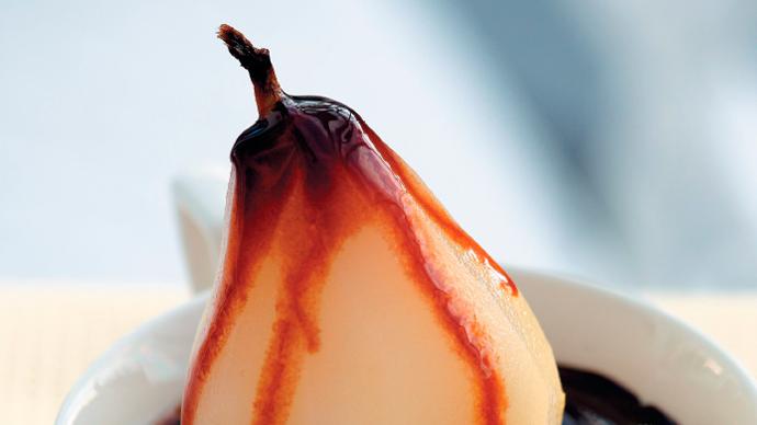 Груши с шоколадным соусом