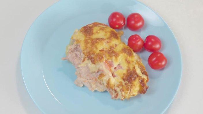 Запеченая корейка с грибами и сыром