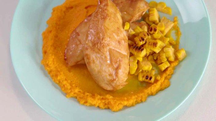 Куриная грудка с муссом из моркови и апельсина