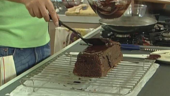 Шоколадный кекс с миндалём