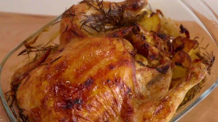 Курица с картофелем и беконом