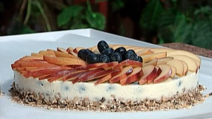 Творожный торт с черникой