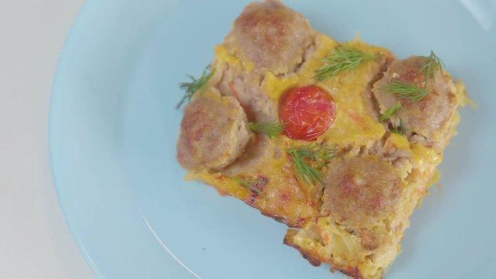 Картофельная запеканка с мясными фрикадельками